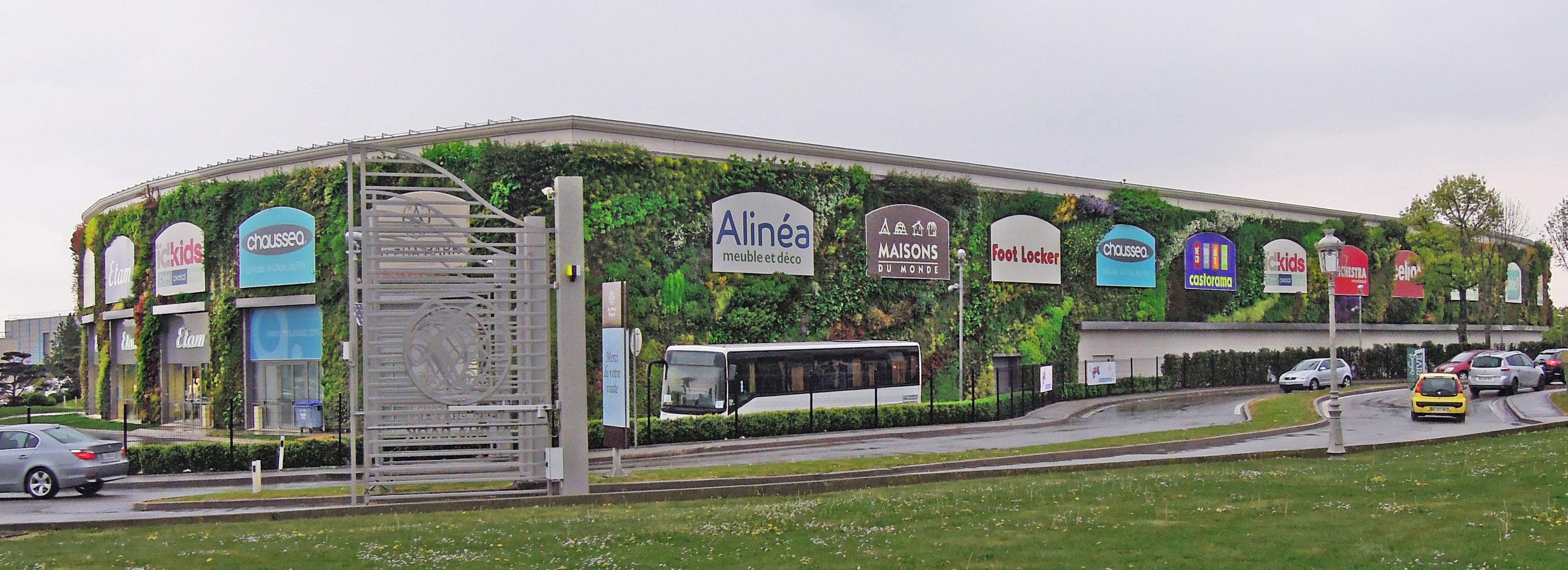 alpha park 2 les clayes sous bois mur vegetal patrick blanc. Black Bedroom Furniture Sets. Home Design Ideas